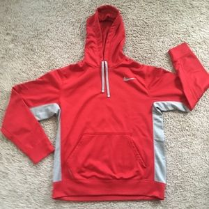 Men's Nike Therma-fit Hoodie Size Medium